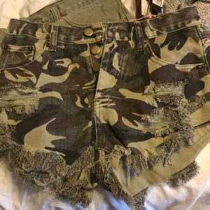 Mustard Seed Distressed Camo Denim Shorts